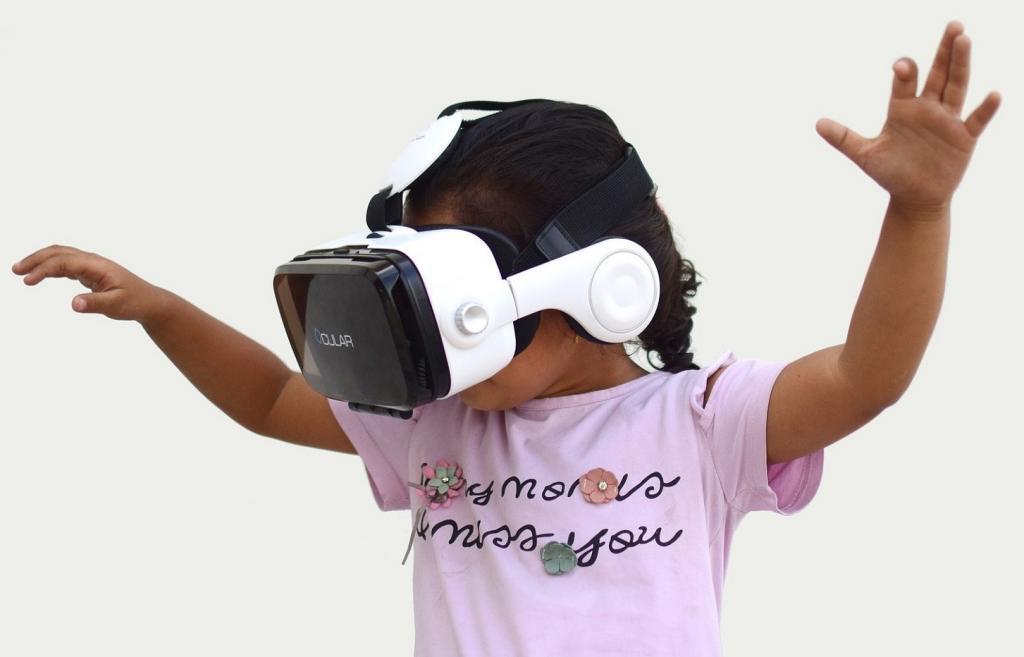 Virtual reality-3468596_1920
